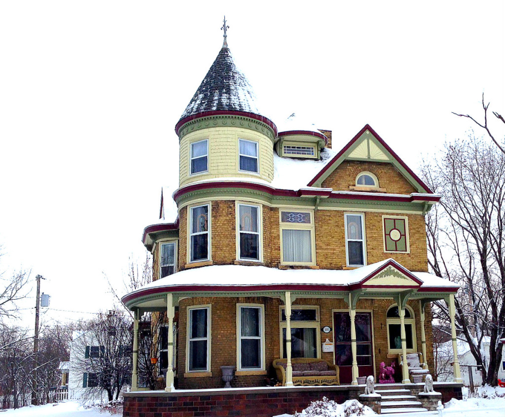 coolest houses in minnesota 150 101 eder baer house chaska the stunning queen anne style baer house in chaska features a beautiful rounded turret a wraparound porch stained glass windows