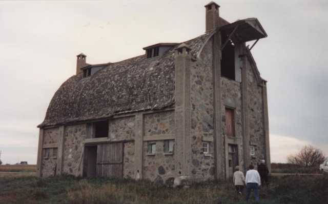 Schott_Barn